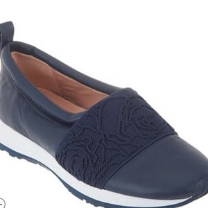 NEW Taryn Rose Leather Slip-on Shoes